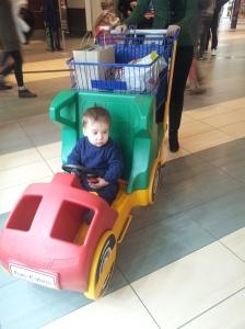 02-01-2015, ANDREI la cumparaturi !