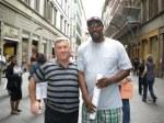 August 2001,La FIRENZE ( Florenta) ITALIA cu un baschetbolist AMERICAN de Top 10!!!