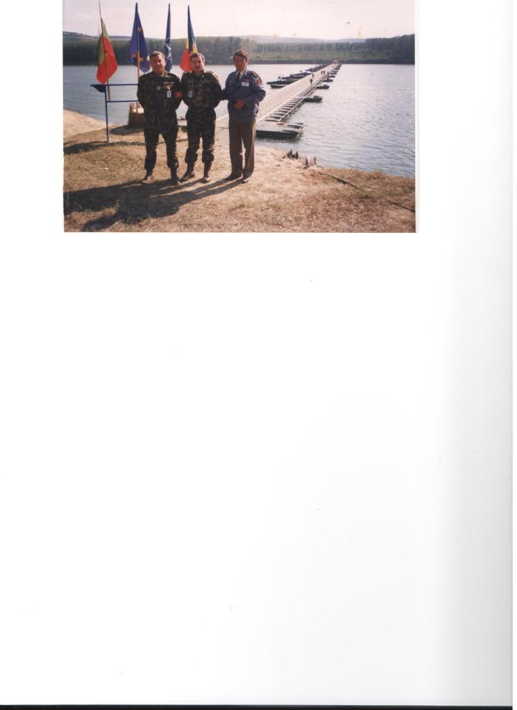 ISLAZ, sept.2000